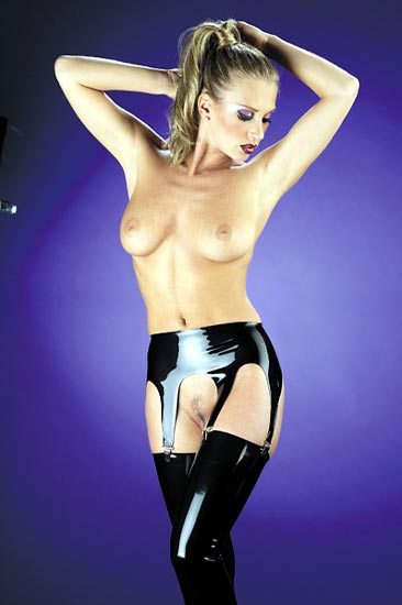 RB:9020 Latex Bedboots
