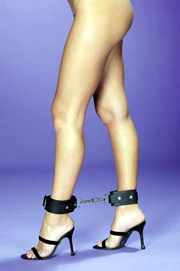 RB:9632 Neoprene Restraints