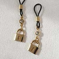 Gold Non-Piercing Nipple Jewelry with Padlock